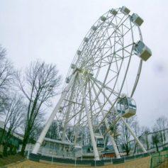 Колесо обозрения в Смоленске прошло техосмотр