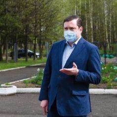 Алексей Островский внес инициативы в смоленский парламент