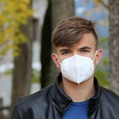 Ограничения по коронавирусу продлили на Смоленщине до 10 декабря