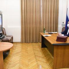 Алексей Островский принял участие в антикоронавирусном совещании