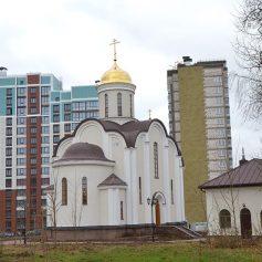 В Смоленске освятили храм в Соловьиной роще
