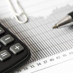 79 обращений поступило в налоговую службу по Смоленской области в ноябре