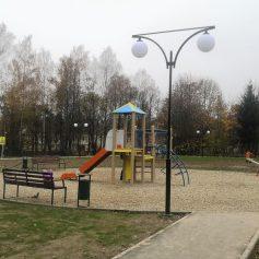 Благоустроенная по нацпроекту площадка в Ярцеве пользуется огромной популярностью у жителей