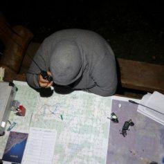 Пропавшего мужчину с татуировками на пальцах ищут в Смоленской области