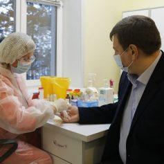 Игорь Ляхов сдал плазму с антителами к коронавирусу для помощи ковид-пациентам