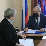 Сергей Неверов провел личный прием граждан в Верхнеднепровском