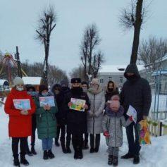 Студенты-медики и госавтоинспекторы провели в Рославле акцию «Грамотный пешеход»