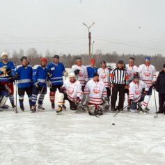 В исправительной колонии №2 состоялся хоккейный матч между осужденными и ХК «Смоленск»