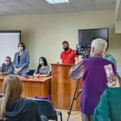 В Смоленской области обсудили вопрос обеспечения детей системами контроля сахара в крови