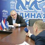 Смоляне пожаловались Сергею Неверову на работу «наливайки» на Кловке