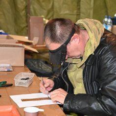 На Смоленщине поисковики обнаружили 47 погибших солдат с медальонами