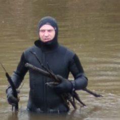 В Смоленской области водолазы готовят водоемы к купальному сезону