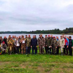 Работники прокуратуры Смоленской области соревновались в рыбной ловле