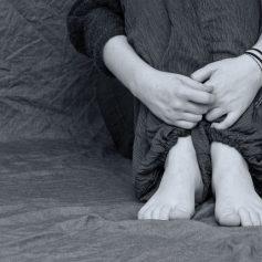 В Смоленске суд рассмотрит дело о совращении ребёнка педофилом